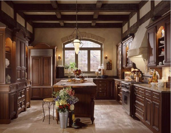 25 best traditional kitchen design inspiration beauty and elegance of the past decades