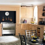 25 best traditional kitchens design inspiration beauty and elegance of the past decade