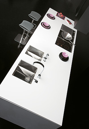 Black matte and white Kitchen Design picture by Gabanes