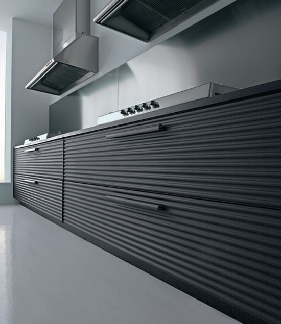 Cinquetere anodized aluminum kitchen highly contemporary look by Schiffini