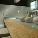 Contemporary Kitchen rippled to contrast with the high-gloss finish Aster Cucine
