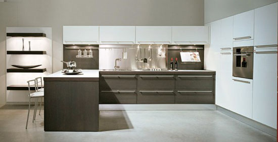 Dark Oak Wood Kitchen Design combine high glossy colorful lacquer