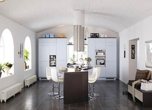 Designing small kitchens in efficient ways