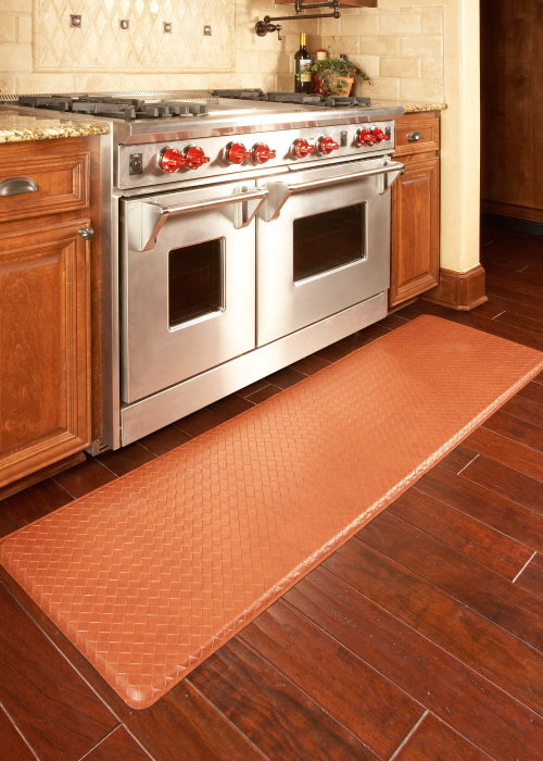 Kitchen floor mats that use gel to provide cushion can be attractive