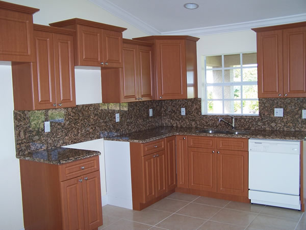 Thermofoil cabinets for kitchen cabinet makeovers for Thermofoil kitchen cabinets