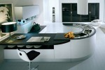 U shape kitchen work flow effortlessly in small kitchen by Pedini