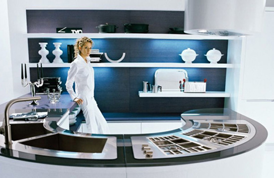 U shape kitchen work flow effortlessly  small kitchen by Pedini