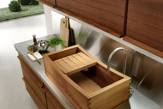 Water resistant kitchen with classic recessed sink or a fabulou teak sink