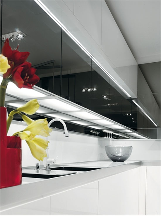 White Black Kitchen Design picture ideas from Salvarani