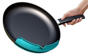 best frying pan with Pouring Made design by William and Alex Thompson