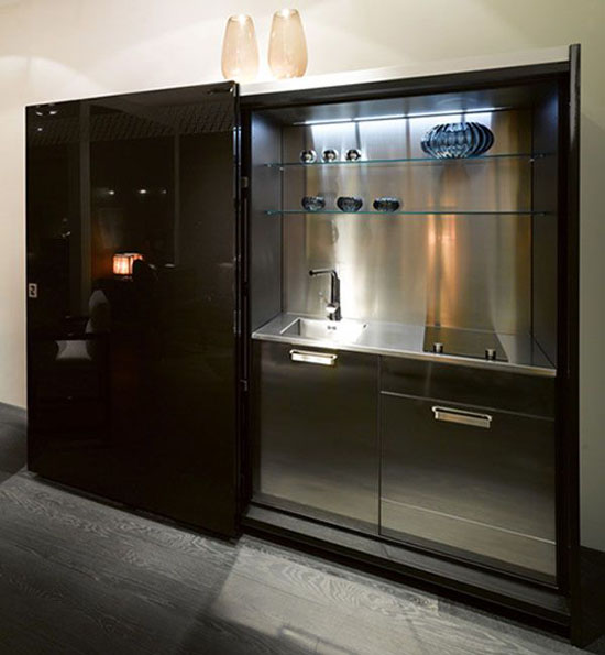 black kitchen furniture with amazing lacquered wood finish Casa fendi kitchens studio