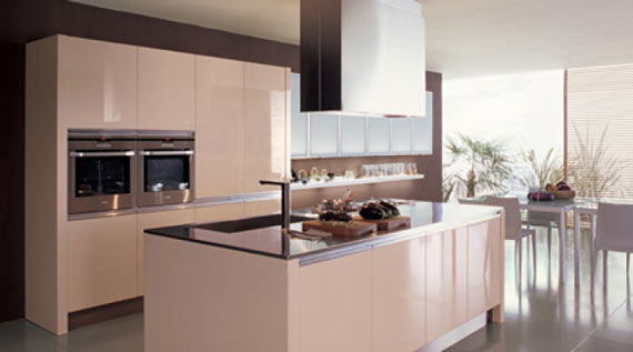 Casual kitchen design in modern theme by euro mobil for Casual kitchen design ideas