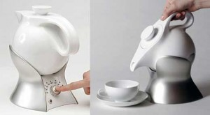 ceramics teapot called Lazy Teapot with temperatures controls to boil up tea