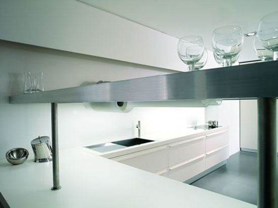 customizable Kitchens Cabinets with luminescent lamps by Moretuzzo