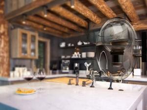cute water dispenser like transparent egg AQUAOVO by Manuel Desrocher