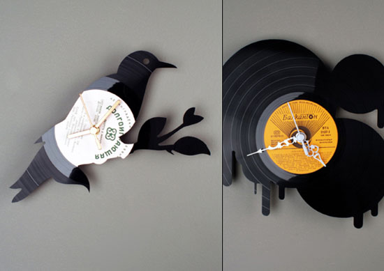 kitchen wall clocks designs ideas use Vinyl records clocks of many unique shapes