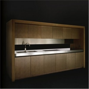 modern Kitchen with microwave integrated and built-in cooler by Armani