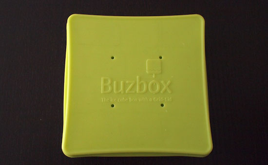 plastic ice cubes trays Buzbox review is very simple idea