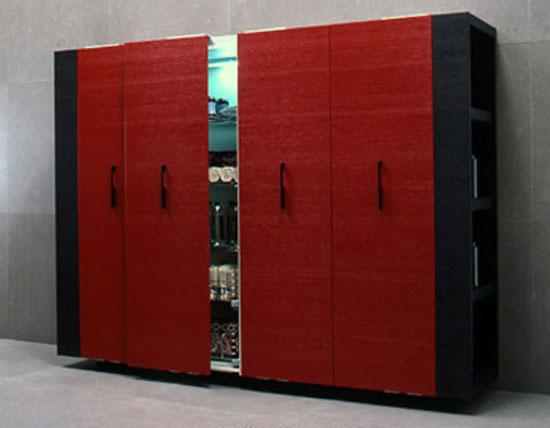 top Italian style Kitchen with geometric look black handles horizontal black line