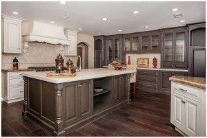 two-tone kitchen oak cabinets design ideas Two Tone Kitchen Cabinet Ideas Deluxe Two Tone Kitchen Cabinets For Kitchen Painting Color Ideas Two Tone Kitchen Cabinet Ideas1 two tone kitchen