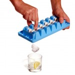 unique ice cube tray called Quick snap is great idea