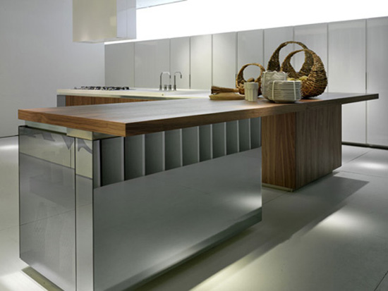 walnut kitchen lacquer reflective glas system with white and wooden worktop