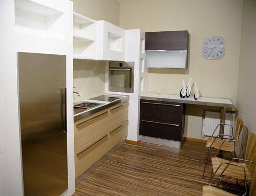 white kitchen in small kitchen design