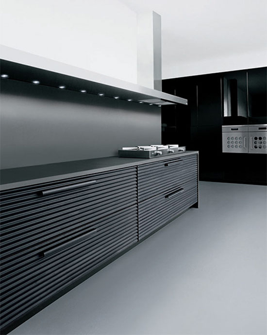 Cinqueterre anodized aluminum kitchens highly contemporary look by Schiffini