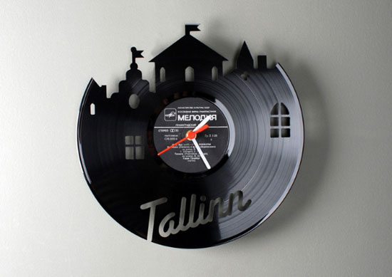 kitchens wall clocks designs ideas use Vinyl records clocks of many unique shapes